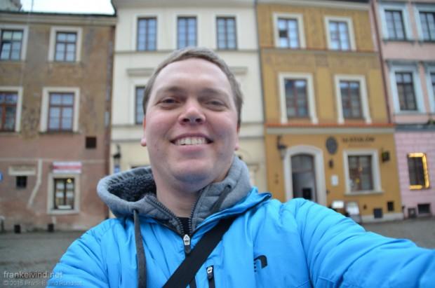 Selfie foran hotellet.