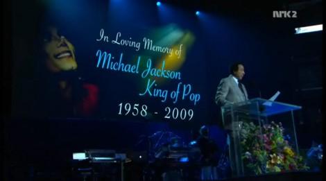 michael_jackson_memorial_service_01